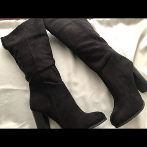 Wild Diva Lounge Boot Heels Size 8